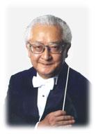 秋山和慶指揮者の写真